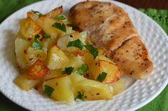 Piept de pui cu cartofi, la cuptor - CAIETUL CU RETETE Potato Salad, Food And Drink, Potatoes, Chicken, Meat, Vegetables, Cooking, Ethnic Recipes, I Love