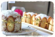 Mont-blanc antillais au coco :  Le mont-blanc est un gâteau incontournable de la pâtisserie des antilles, à base de noix de coco, il est généralement fabriqué pour les fêtes , mariage, baptême…