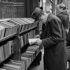 :::::::::: Vintage Photograph ::::::::: Photograph: A man browses outside a bookshop, Charing Cross Road London Bookstore, Sir Anthony Hopkins, Book Racks, London Museums, Book Sculpture, Old London, Book Images, Vintage Photographs, Vintage Photos