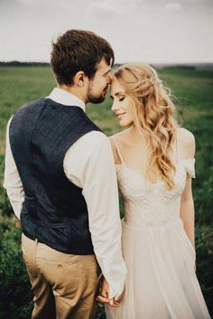 Impressive Wedding Photography Secrets And Ideas. Fabulous Wedding Photography Secrets And Ideas. Wedding Couple Poses, Wedding Couples, Wedding Bride, Boho Wedding, Farm Wedding, Wedding Reception, Wedding Photoshoot, Wedding Shoot, Dress Wedding