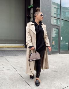 5 WAYS TO WEAR SPANX LEATHER LEGGINGS   THE RULE OF 5 Style Blog, Blogger Style, My Style, Edgy Outfits, Outfits For Teens, Spanx Leather Leggings, Errands Outfit, We Wear, How To Wear