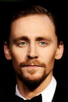 Really confuse of Tom's eye color. Is it blue or green? Simply beautiful