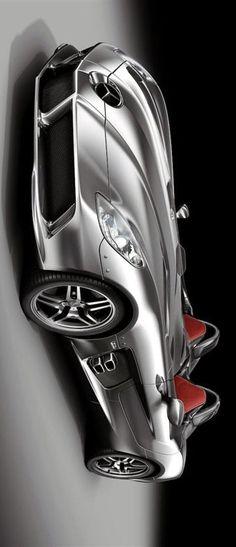 Mercedes Benz SLR McLaren Stirling Moss  JM