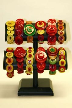 made of vintage bakelite buttons...love..