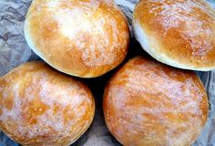 This burger buns recipe from King Arthur Flour teaches you how to make soft hamburger buns that are soft, lightly golden, and like brioche. Excellent for burgers, pulled pork, sandwiches. Hamburger Bun Recipe King Arthur, Hamburger Buns, Homemade Buns, Homemade Burgers, Bread Recipes, Cooking Recipes, Pastry Recipes, Burger Recipes, Chicken Recipes