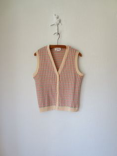 70s Knit Vest ... Vintage 1970s Buttonup by sparvintheieletree