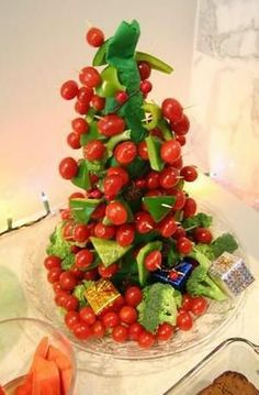 5 Make-Ahead Appetizers With Holiday Flair Easy Make Ahead Appetizers, Christmas Appetizers, Tis The Season, Holiday Parties, Holiday Recipes, Cherry, Strawberry, Veggies, Meals
