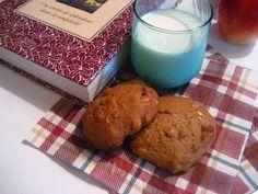 Marie est dans son assiette!: Biscuits à la compote de pommes et aux épices Marie, Muffin, Cookies, Breakfast, Desserts, Food, Applesauce Cookies, Flat Cakes, Plate