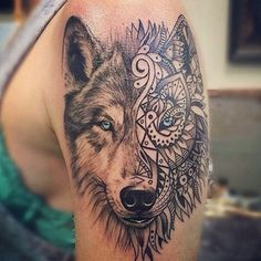I am so obsessed with this wolf tattoo! ❤️❣ - Follow @inkspotats for more!