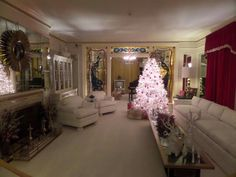 Living  room at  graceland.