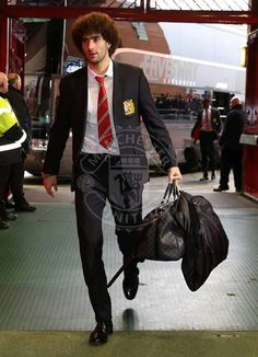 Fellaini arriving at Old Trafford