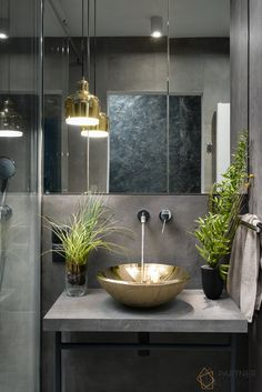 Most Popular Small Bathroom Remodel Ideas on a Budget in 2018 This beautiful look was created with cool colors, and a change of layout. Modern Bathroom, Small Bathroom, Balinese Bathroom, Master Bathroom, Wc Decoration, Bath Photography, Room Tiles, Bohemian Style Bedrooms, Bathroom Interior Design