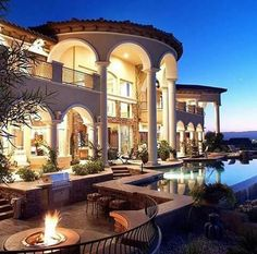 Pool, fire pit and ocean view