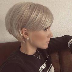 Pixie Haircut For Thick Hair, Haircuts For Fine Hair, Short Bob Haircuts, Cut Hairstyles, Short Pixie Bob, Short Bob Cuts, Short Hair Cuts For Women Bob, Women Short Hairstyles, Short Stacked Hair