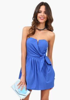 nice dress.  A different material and it would also make a nice swimsuit cover up