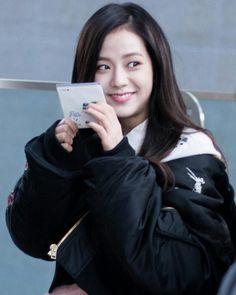 """BLACKPINK JISOO """"161228 Jisoo Radio star Commute"""""""