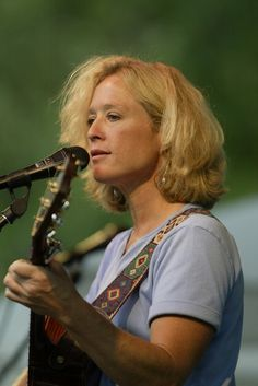Check out Gayle Chapman on ReverbNation
