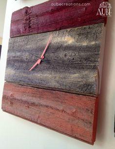horloge en bois de grange