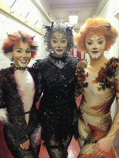 Collette Coleman (2nd cover Jemima), Francesca Whiffin (2nd cover Grizabella) and Freya Rowley (2nd cover Jennyanydots)
