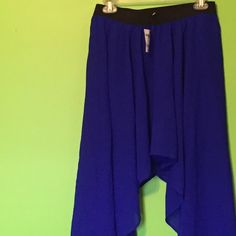 Brand new flowy navy skirt Brand new navy skirt from Charlotte Russe. Short in the middle, longer on both sides. Flowy skirt. Size Large. Cute with any top or crop top! $10, price firm.  Charlotte Russe Skirts High Low