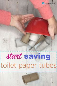 Upcycle your toiler paper rolls to create this DIY Toilet Paper Roll Wreath for the holiday season! Everyone's going to love this on your front door! Fun Crafts, Crafts For Kids, Paper Crafts, Resin Crafts, Decor Crafts, Fabric Crafts, Wood Crafts, Diy Projects To Try, Craft Projects