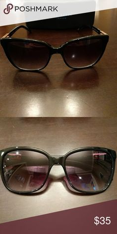 Ted Baker Sunglasses Ted Baker Sunglasses! Worn just a few times! Great deal! Ted Baker Accessories Sunglasses