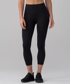 These medium-rise, cross-sport crops use zoned compression to keep you supported in all the right places. Don't worry about tucking your key or card in your shoe—there's a secure back pocket on the waistband for that.