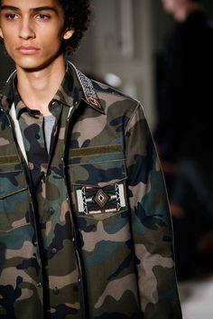 Valentino Spring 2016 Menswear Fashion Show Details