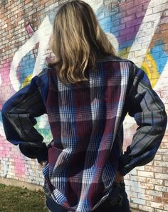 This is a shirt that could definitely work for a guy or a girl. A nice thick flannel, with a different (but coordinating!) flannel panel on the back.