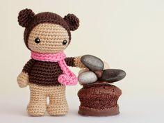 Amigurumi muñeca disfrazada de oso