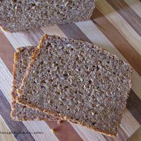 Rugbrød – Dark Rye Bread « My Danish Kitchen Danish Cuisine, Danish Kitchen, Danish Food, Danish Bread Recipe, Danish Rye Bread, Danish Recipes, Danish Cookies, Rye Bread Recipes, Danish Christmas