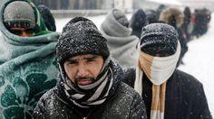 Tausende Flüchtlinge harren bei Minusgraden in Serbien aus. Sie hoffen, in die EU einreisen zu dürfen. Der ungarische Außenminister will das nicht zulassen.