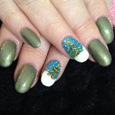 xmas nail art - tree