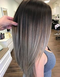 35 Balayage Hair Color Ideas for Brunettes in The French hair coloring technique: Balayage. These 35 balayage hair color ideas for brunettes in 2019 allow to achieve a more natural and modern eff., Balayage Source by shortpixiecut Brunette Color, Brunette Hair, Balayage Hair Brunette Straight, Balayage Brunette To Blonde, Balayage Straight Hair, Short Balayage, Hair Color Balayage, Hair Highlights, Caramel Highlights