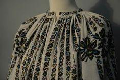 Folk Costume, Costumes, Skirts, Model, Fashion, Moda, Dress Up Clothes, Skirt