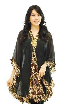 Simple yet elegant batik blouse Blouse Batik, Batik Fashion, Kebaya, Ikat, Kimono Top, Dress Up, Bohemian, Elegant, How To Wear