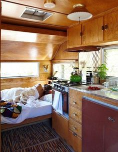 alec hemer editorial camper living: upper bunk fold down? Airstream Campers, Remodeled Campers, Camper Trailers, Retro Travel Trailers, Vintage Trailers, Vintage Campers, Vintage Motorhome, Vintage Rv, Vintage Caravans