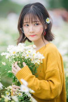 Korean Girl Photo, Cute Korean Girl, Asian Girl, Loli Kawaii, Kawaii Girl, Pose Reference Photo, Foto Casual, Model Foto, Ulzzang Korean Girl