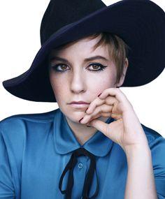 Lena Dunham estampa a Harpers Bazaar norte-americana.