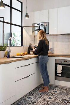 white kitchen design ideas for the heart of your home 00021 ~ Gorgeous House Kitchen Decor, Kitchen Inspirations, New Kitchen, Kitchen Flooring, Small Kitchen, Kitchen, Kitchen Design, Kitchen Remodel, Kitchen Carpet