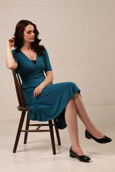 Vintage-inspired and made from super soft modal jersey, the Vashty dress features delicate pin-tucked shoulder panels in silk chiffon and crossover neckline, with useful hidden pockets in the panelled skirt that falls to the knee.Fabulous for tea parties, dinner parties, and well, any kind of party we think!Model Jenny is 5ft8in (172cm) tall and wears a UK size 8.Fabric 95% Modal/ 5% elastane with 100% silk chiffon shoulder panels.Cool machine wash on a delicate cycle.Average length...