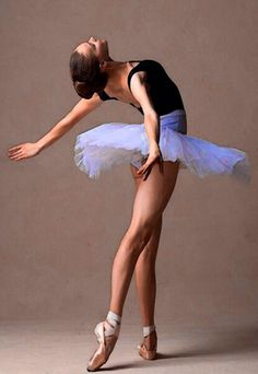 Rew Elliott: I'm Still a Dancer in my Heart: Graceful #ballerina