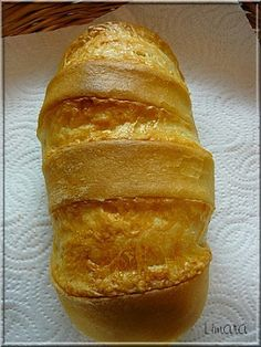 Recipes, bakery, everything related to cooking. Croissant Bread, Hungarian Recipes, Hungarian Food, Ciabatta, Cake Recipes, Pizza, Food And Drink, Lime, Baking