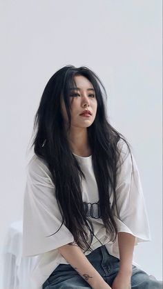 Kpop Girl Groups, Korean Girl Groups, Kpop Girls, Pretty People, Beautiful People, Wheein Mamamoo, Insta Photo Ideas, Poses, Beautiful Asian Women