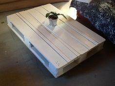Ma première table en palette !