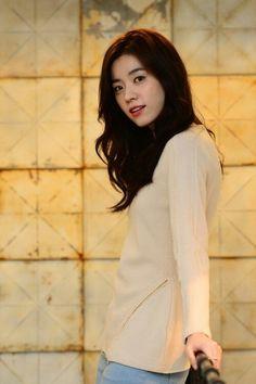 Han Hyo Joo 73 Han Hyo Joo, Korean Actresses, Korean Actors, Korean Beauty, Asian Beauty, Bh Entertainment, W Two Worlds, Korean Celebrities, Beautiful Asian Women