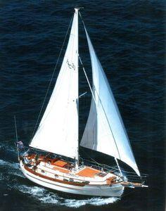 1988 Hans Christian 33t Cutter