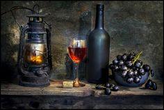 Fotografia The last of the summer wine. de Mostapha Merab Samii na Wine Painting, Painting Lamps, Bottle Painting, Glass Bottles, Wine Glass, Still Life Photos, Decoupage Vintage, Wine Art, Still Life Photography
