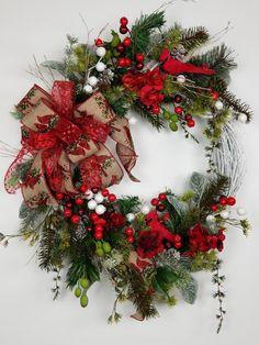 Christmas Wreaths To Make, Christmas Bows, Holiday Wreaths, All Things Christmas, Christmas Holidays, Christmas Crafts, Christmas Ornaments, Boxing Day, Christmas Centerpieces