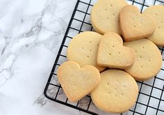 If there's one smell that takes me back to growing up in the home that housed Granny's baking, it is shortbread. Alongside her Empire Biscuits, Shortbread is one of the recipes that Granny is best Shortbread Biscuits, Buttery Biscuits, Shortbread Recipes, Biscuit Cookies, Biscuit Recipe, All Butter Shortbread Recipe, Oatmeal Biscuits, Baking Recipes, Cookie Recipes